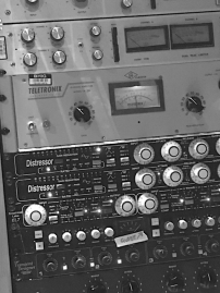 AuditoryArchitectures_OutboardGear_3_pic